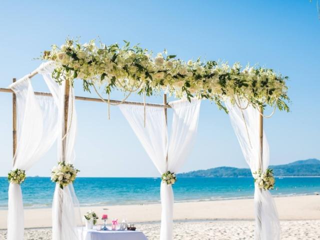 Phuket beach wedding celebrant (2)