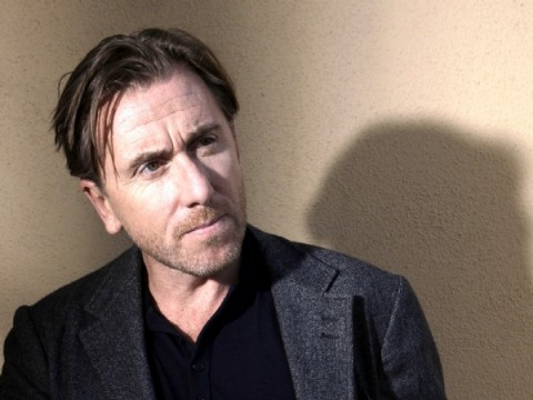 https://i2.wp.com/cdn.wegotthiscovered.com/wp-content/uploads/tim_roth_in_a_fall_from_grace-480x360.jpg