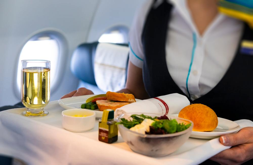 6 Bacteria-Contaminated Airplane Foods You Should Avoid No Matter What 5