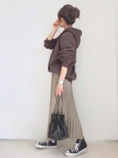 emaさんの「ミモレ丈ジョーゼットプリーツスカート(Re:EDIT|リエディ)」を使ったコーディネート