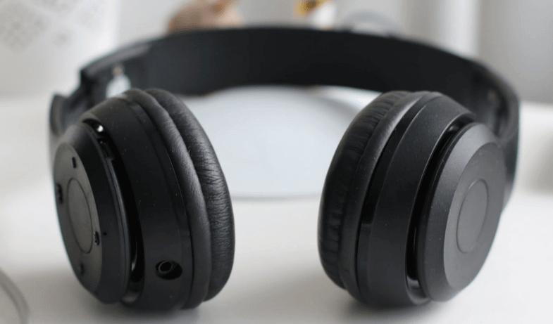 Headphones bluetooth audio stuttering windows 10