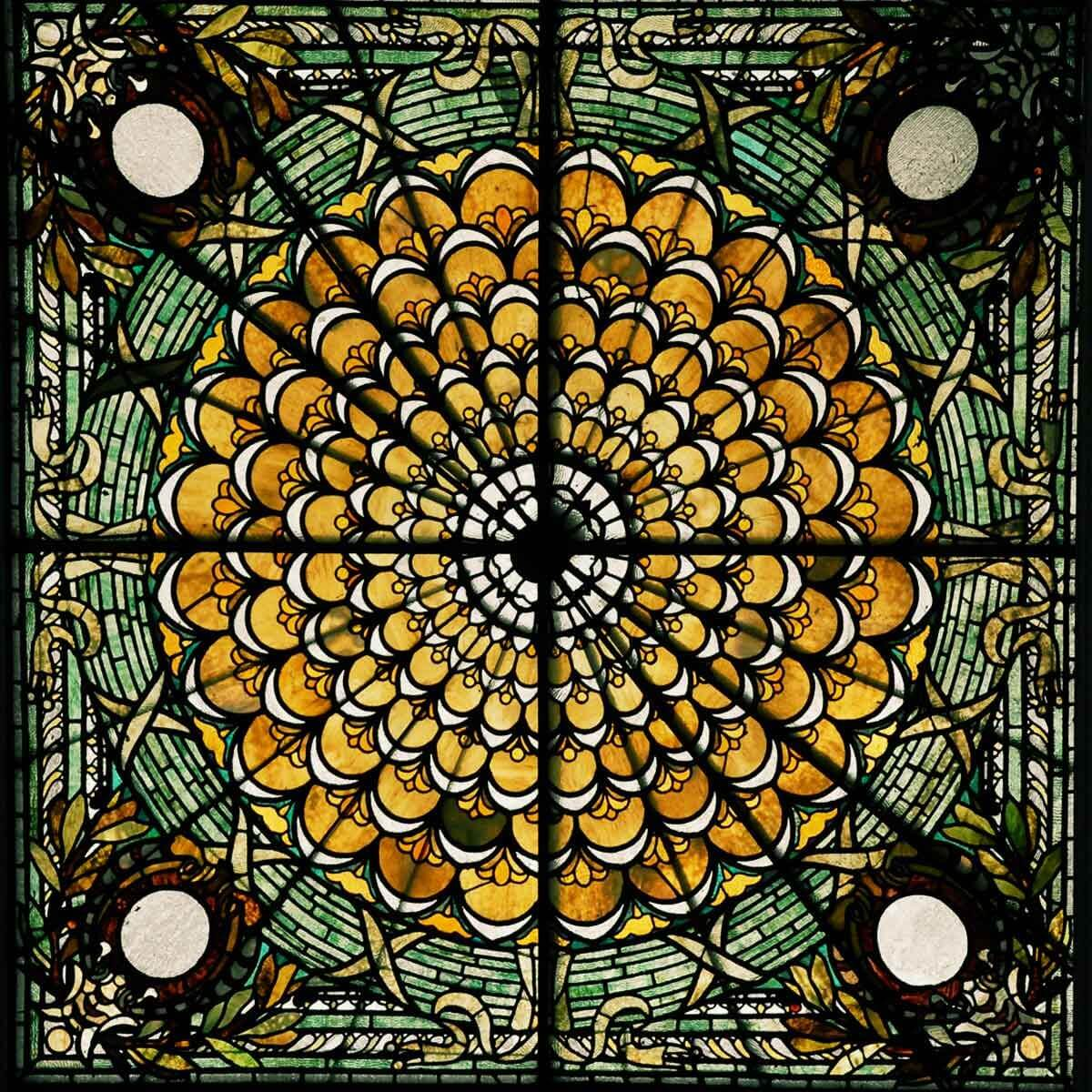 4 Best Stained Glass Design Software For Artists