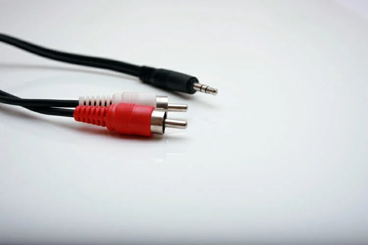 Reinsert the audio device in the audio jack