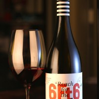 Review: Austins & Co. - 6 Foot 6 Pinot Noir (2015)
