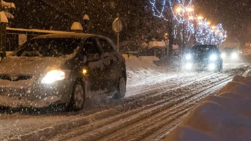 Grote kans op besneeuwde wegen komende dagen