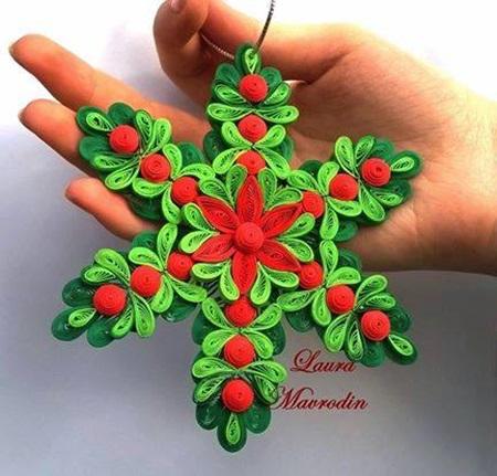 Wonderful DIY Shiny Quilled Snowflake