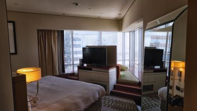 jumeirah_emirates_towers_hotel_review_worldtravlr_net-11