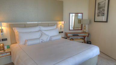 jumeirah_emirates_towers_hotel_review_worldtravlr_net-13