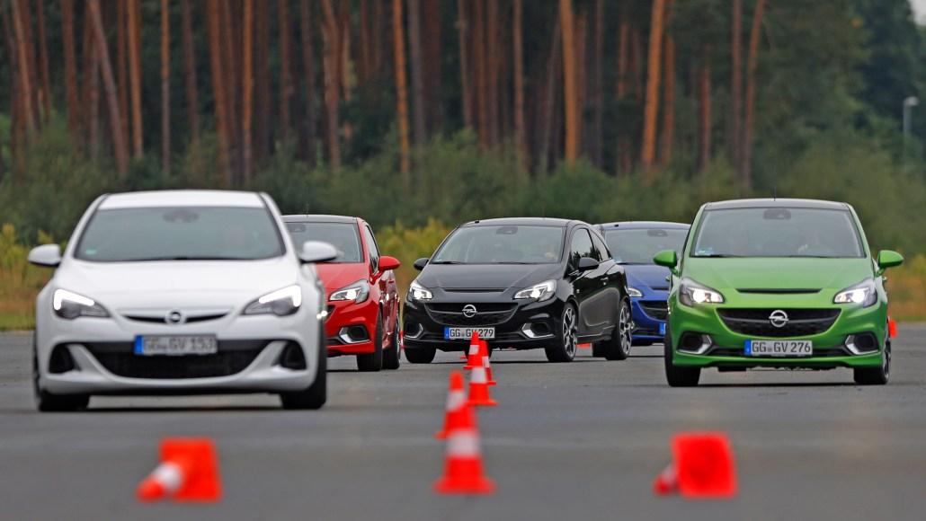 Dudenhofen,17.08.2015, OPC Training mit Automobil-Bloggern auf dem Opel testgelände in Dudenhofen , Foto: Vollformat/Alexander Heimann, Schäfergasse 5, 65428 Rüsselsheim, Fon 0177-5626350, Bankverbindung Kreissparkasse Gross Gerau BLZ. 50852553 , KTO. 16003352. Alle Honorare zzgl. 7% MwSt.