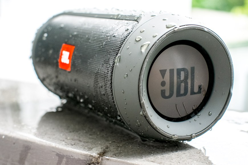JBL_CHARGE2+_PLUS_TEST_WORLDTRAVLR_NET-10