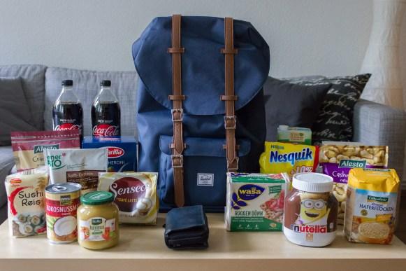 Herschel Little America Rucksack - 25 Liter - Packbeispiel Einkauf