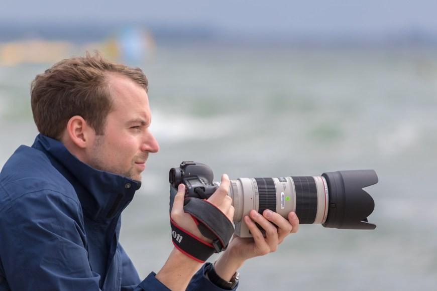 Timo mit seiner gewählten Kombination aus Canon EOS 5D Mark IV, EF 70-200mm f/2.8 IS II USM und Extender 1.4x III