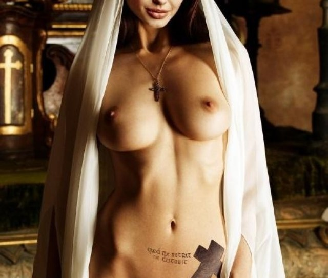 Sex Naked Angelina Jolie Biggest Booty Contest