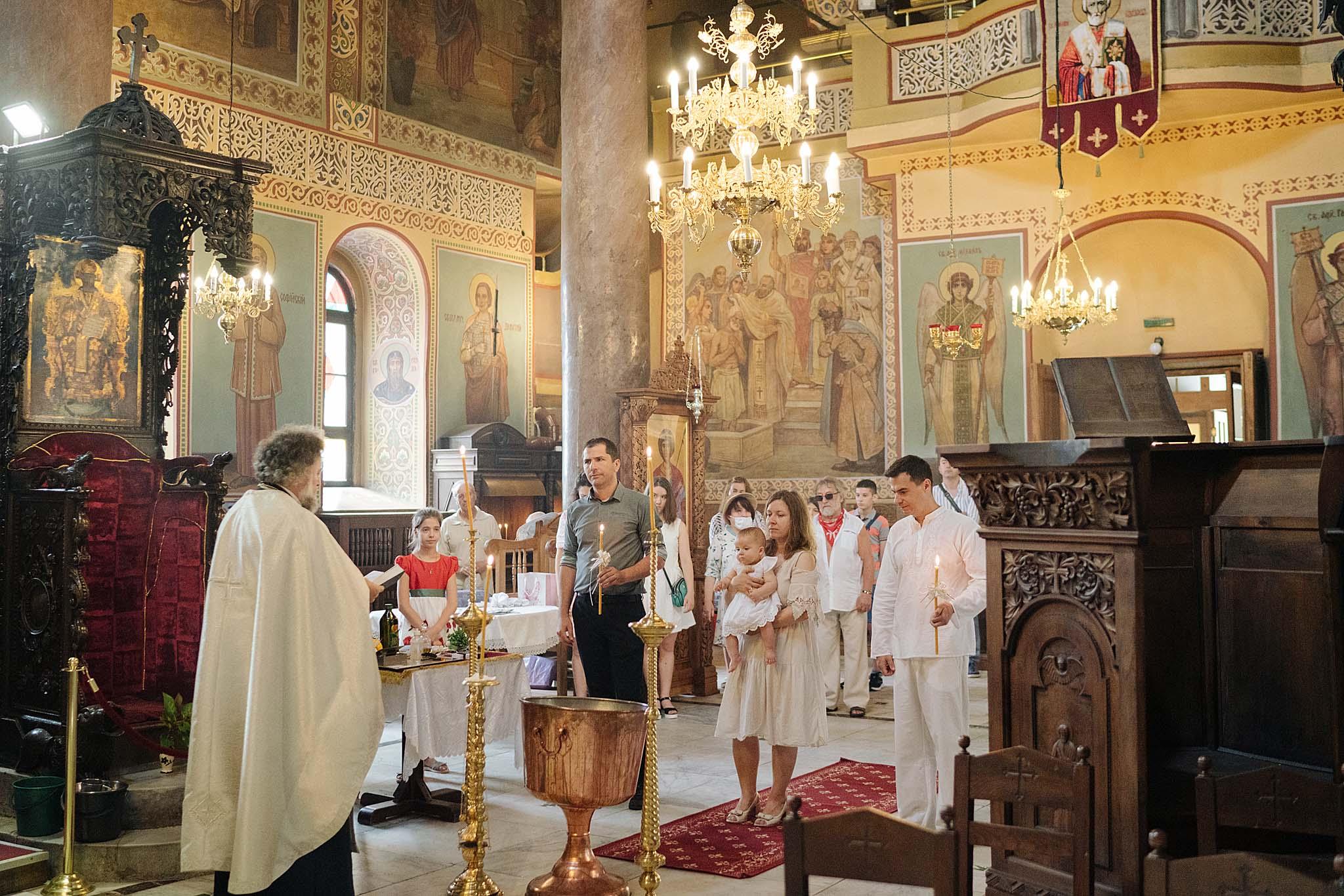 кръщене, кръщене във Варна, фотограф кръщене, фотограф Варна, Св Николай