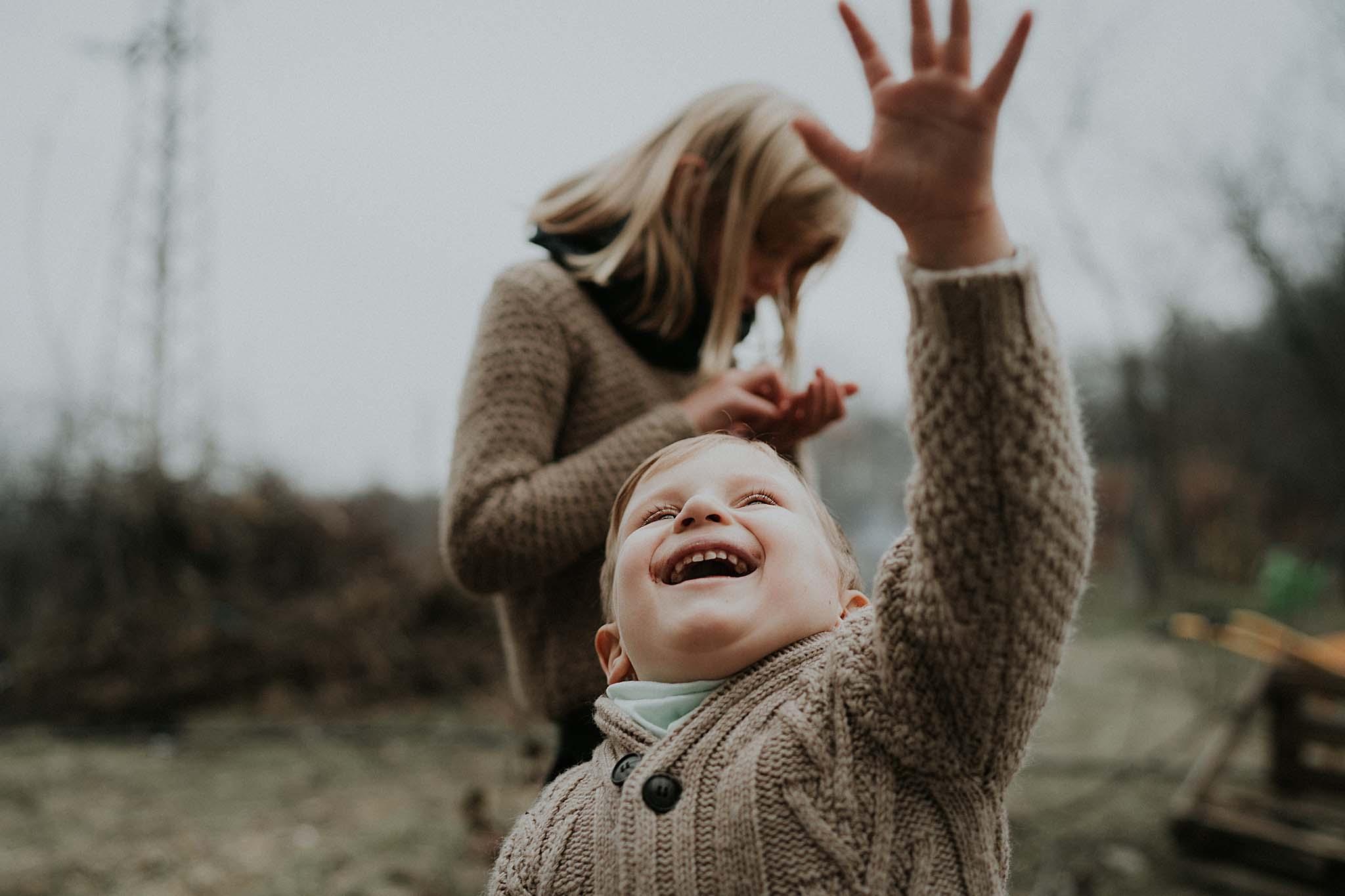 Семеен фотограф, детски фотограф, семейна фотосесия, детска фотосесия, фотограф, фотограф Варна, фотограф София, фотограф България, фотосесия, фотосесия на морето, детски снимки, коледна фотосесия