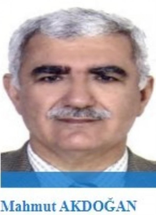 Foto - FETÖ kurumlarından İzmir'deki özel Şifa Hastanelerinin kurucusu olan Mahmut Akdoğan, 5-10 kez Fethullah Gülen ile ABD'de görüşecek kadar ona yakın ve hemşehrisi. Doktor olan Akdoğan, örgüte para toplamak için hayırsever bir iş adamını kandırarak tüm mal varlığına çöktüğüne ilişkin bir davadan da yargılanıyor. FETÖ Çatı iddianamesi sanığı olan firari Mahmut Akdoğan'ın örgütün üst düzey yöneticilerinden biri.
