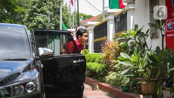FOTO: Gibran dan Achmad Purnomo Jalani Fit and Proper Test di DPP PDIP