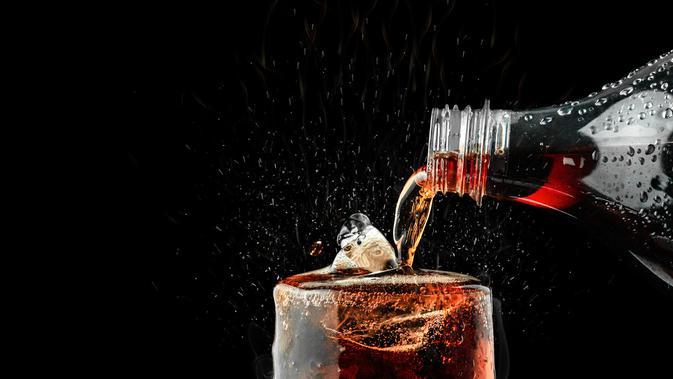 Minuman Bersoda (Sumber: iStockphoto)