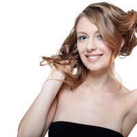 Model Sanggul Modern Untuk Rayakan Hari Kartini Beauty Fimela Com