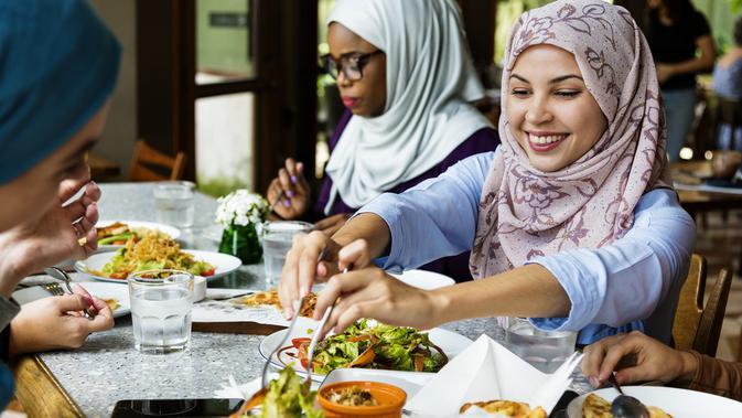 Atur Pola Makan Saat Sahur dan Buka Puasa / Sumber: iStockphoto