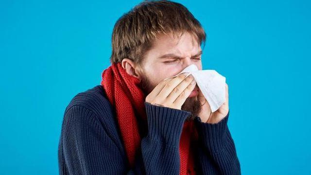 Ilustrasi pria sakit flu