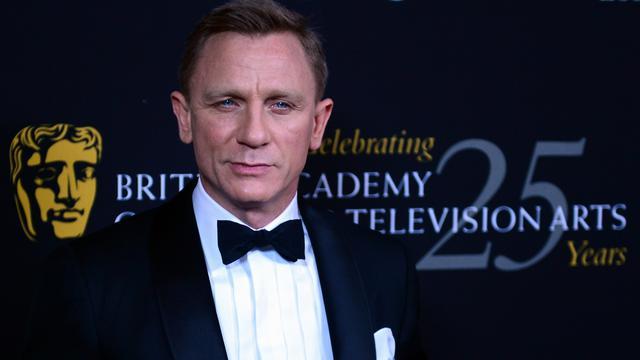 [Bintang] Daniel Craig