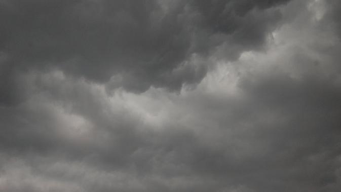 Ilustrasi langit gelap gulita. (Sumber: Pixabay)