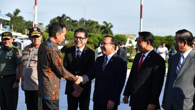 Jokowi Bertolak ke Abu Dhabi UEA
