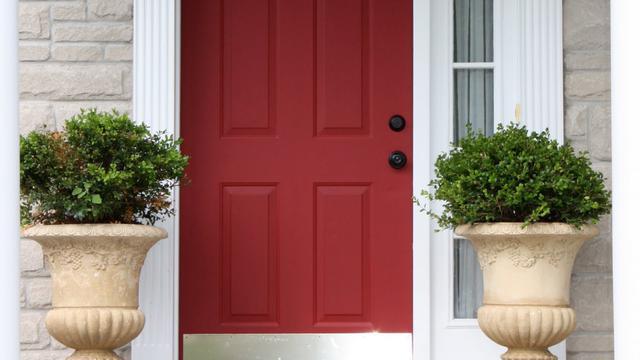 Pilah Pilih Warna Cat Untuk Pintu Rumah Properti Liputan6 Com