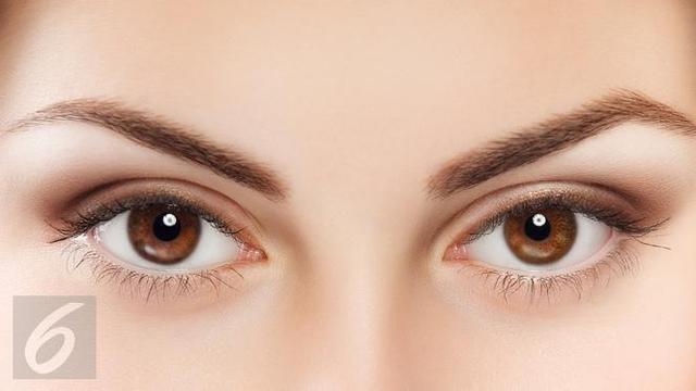 Tips Makeup untuk Anda yang Bermata Cokelat - Fashion & Beauty Liputan6.com