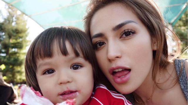 Mantan Suami Minta Bertemu El Barack, Begini Reaksi Jessica Iskandar -  ShowBiz Liputan6.com