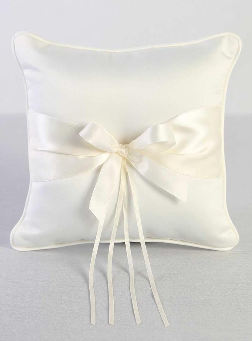 15 beautiful ring bearer pillows