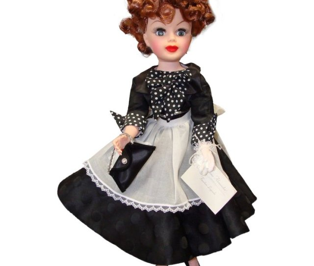Madame Alexander  Inch Lucy Doll With Wrist Tag And Box