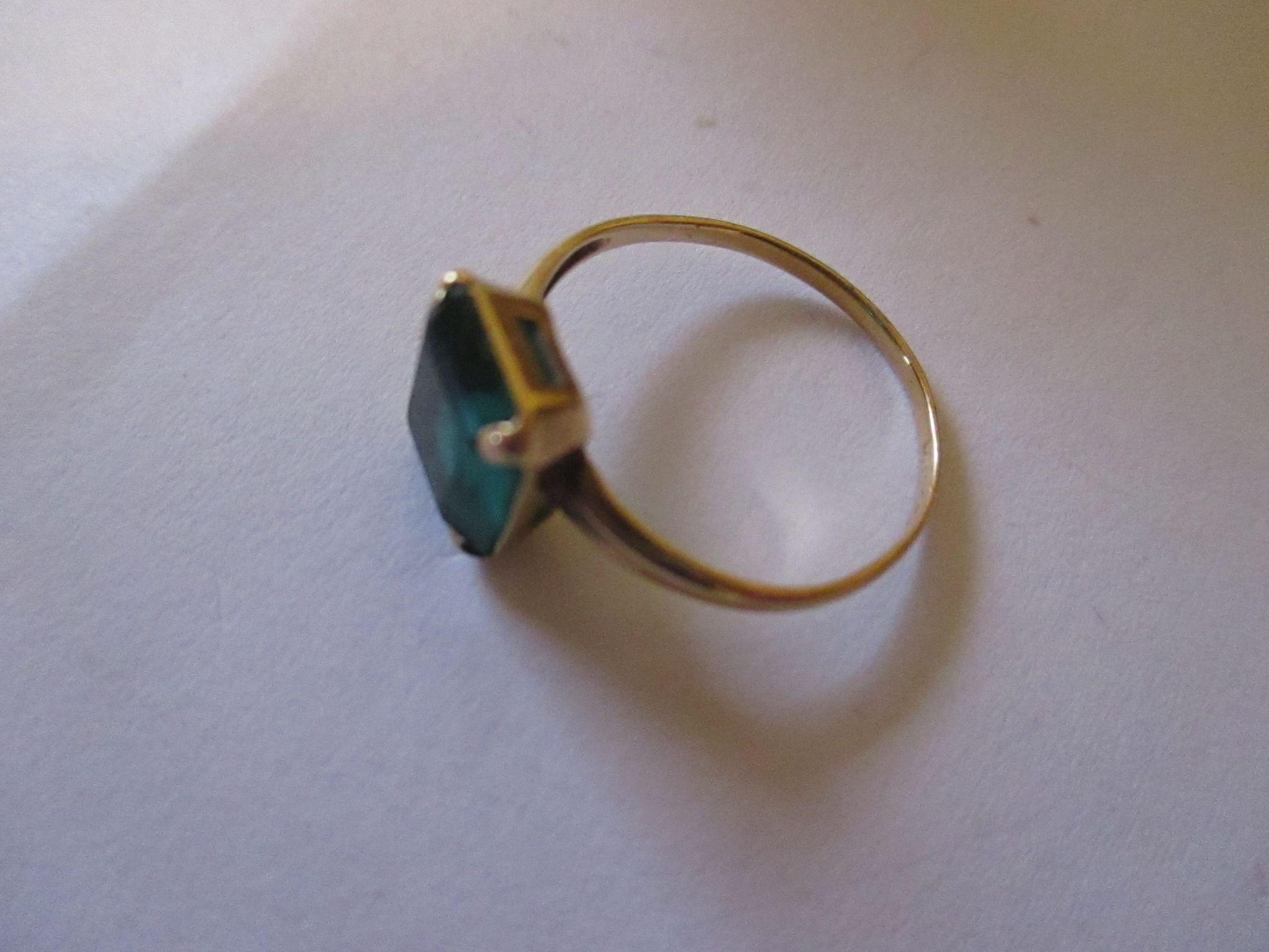 Vintage 10K PSCO Synthetic Emerald Ring Original