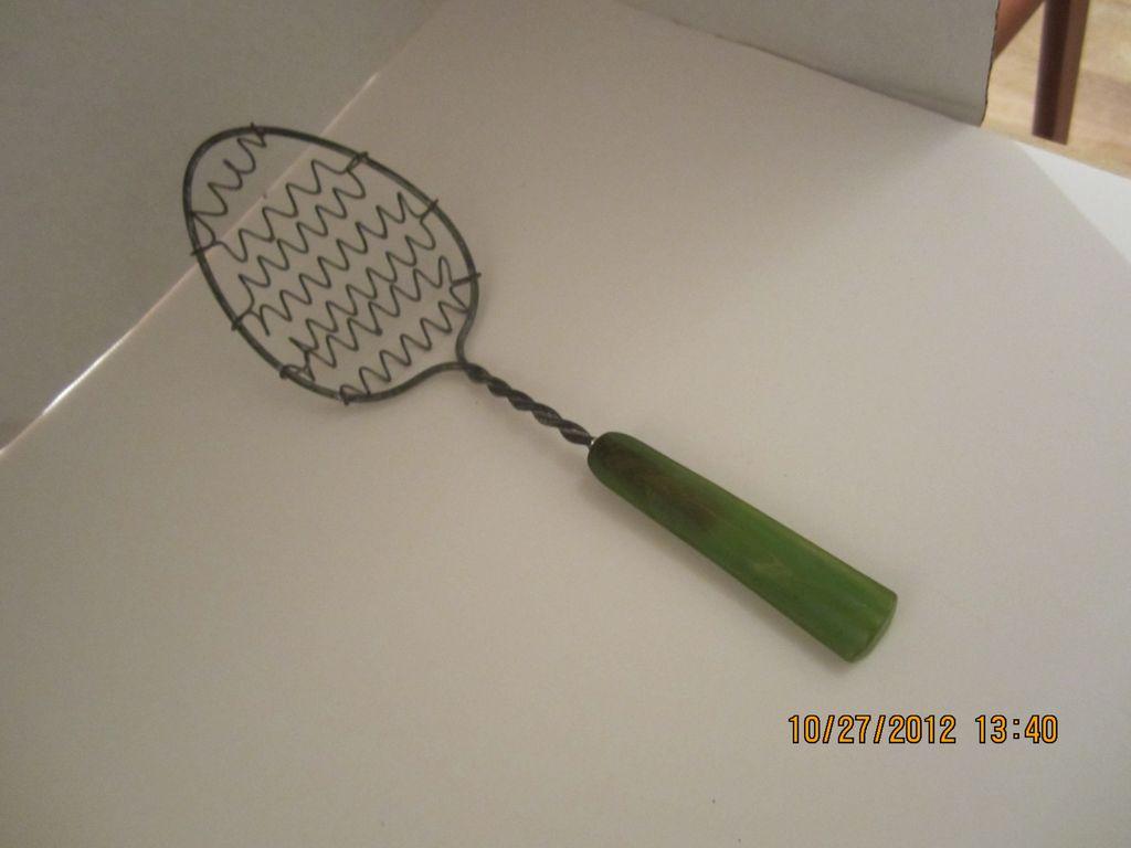 Green Bakelite Wire Whip Vintage Kitchen Utensil SOLD On