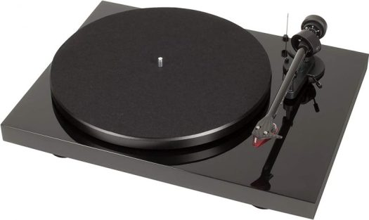 Pro-ject turntable carbon