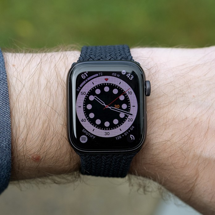 Apple Watch Se Review Pay A Lot Less To Give Up Only A Little The Verge