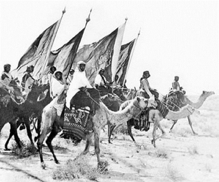 A 1911 photo of the Ikhwan (Brothers), a fundamentalist militia movement sponsored by Abdulaziz al-Saud to forcibly unify disparate Arabian tribes from 1902 to 1930 (Arab Alshraa)