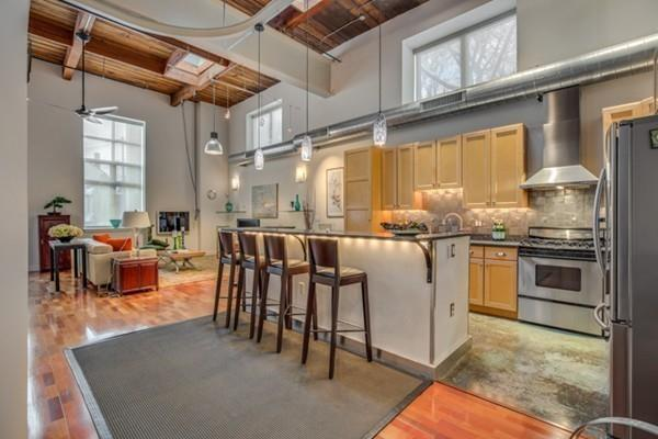 Somerville Loft With 20 Foot Ceilings Private Roof Deck Drops For 749000 Curbed Boston