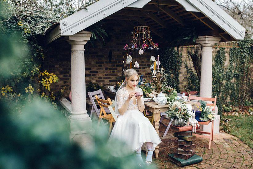 19 Steal Worthy Alice In Wonderland Wedding Theme Ideas