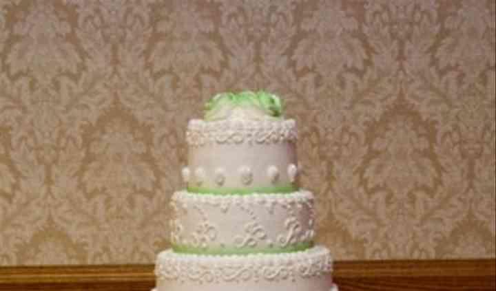 Mayfair Bakery Wedding Cake Philadelphia Pa Weddingwire