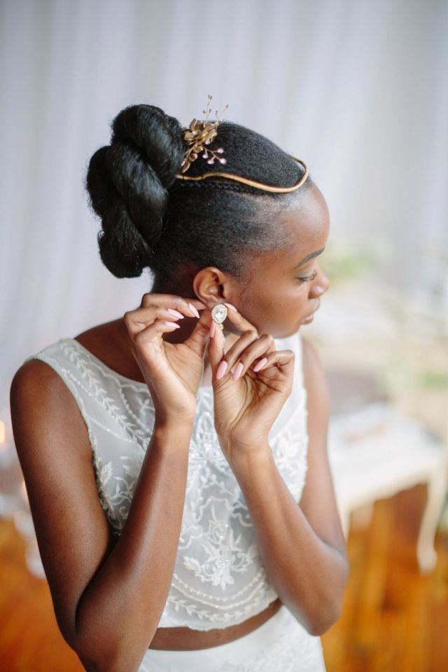21 natural wedding hairstyles for every length - weddingwire