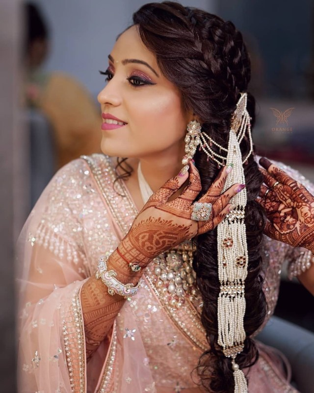 8 south indian wedding hairstyles for long hair which