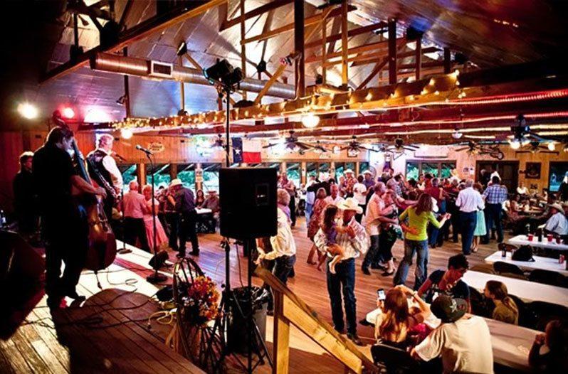 10 Central Texas Dance Halls You Should Visit