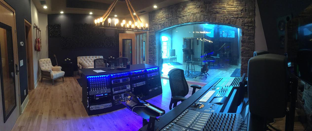 Step Inside Gretchen Wilsons Stunning Recording Studio Mansion