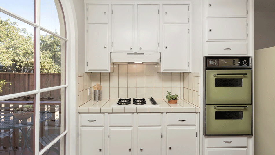 How To Make Your Kitchen Feel Instantly Bigger With 10