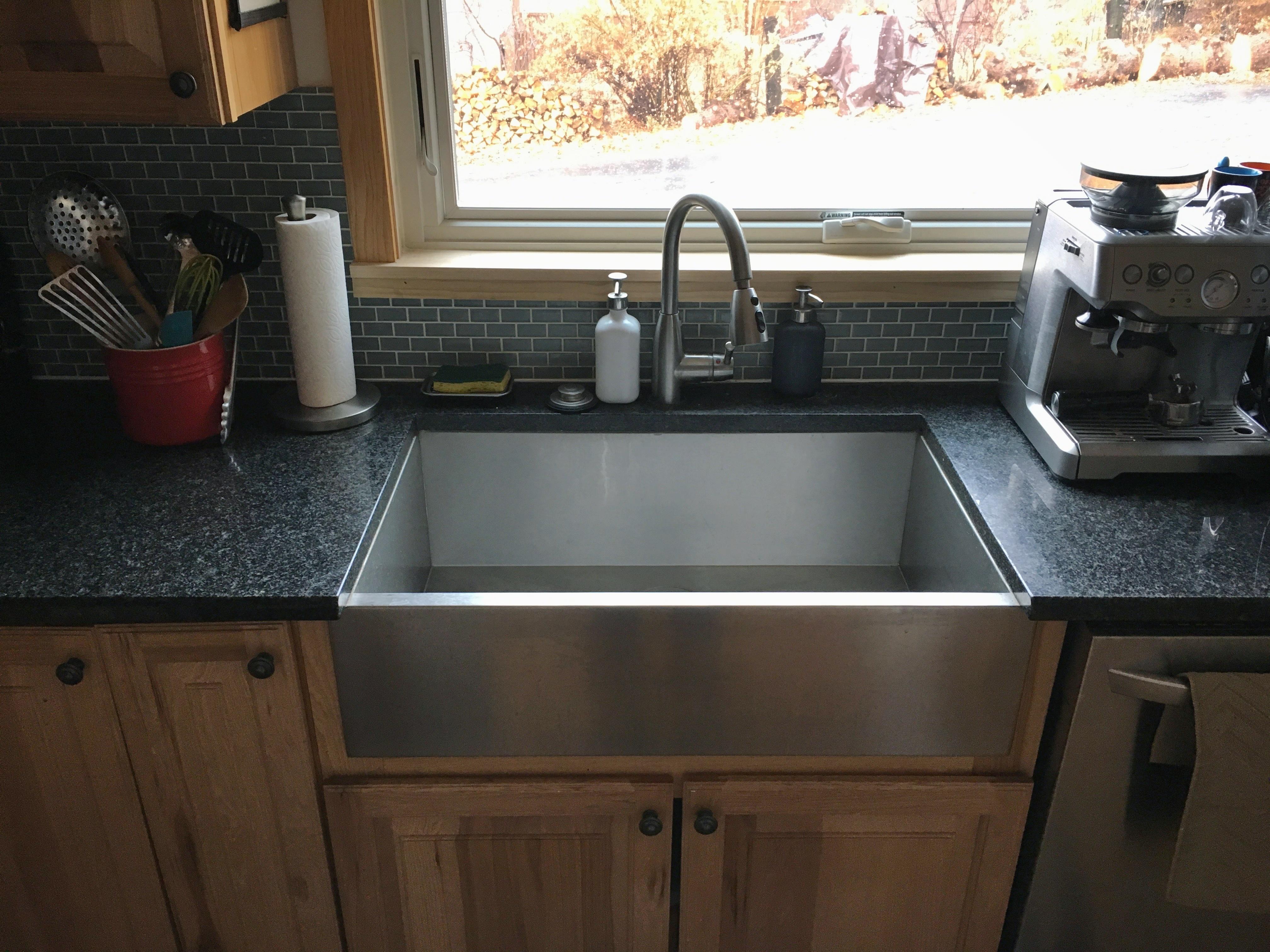Farmhouse Kitchen Sink White Single Bowl Fireclay With