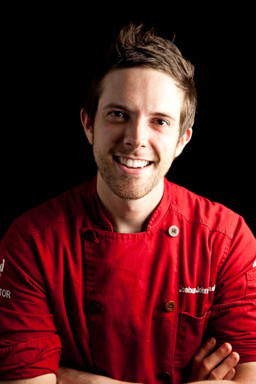 Joshua John Russells Top 5 Wedding Cake Tips