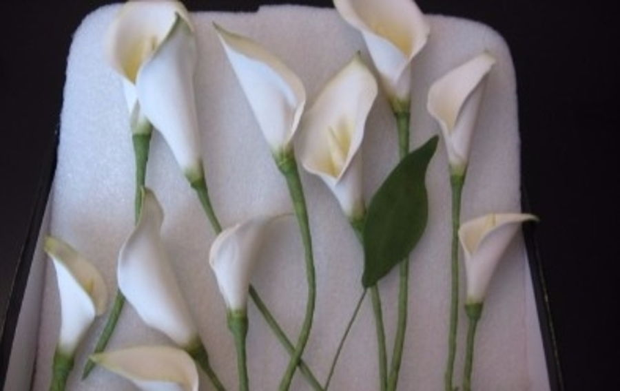 Make Roses Peonies And Calla Lilies With DIY Cutters
