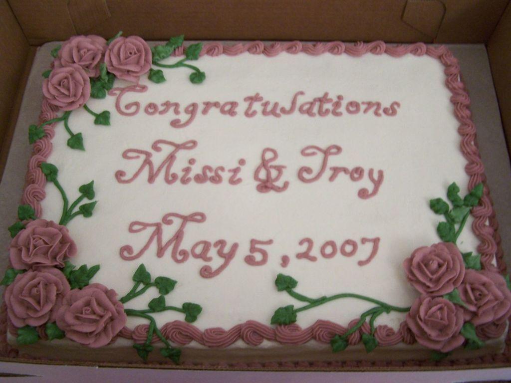 11x15 1 2 Sheet Cake To Go With Wedding Cake Cakecentral Com